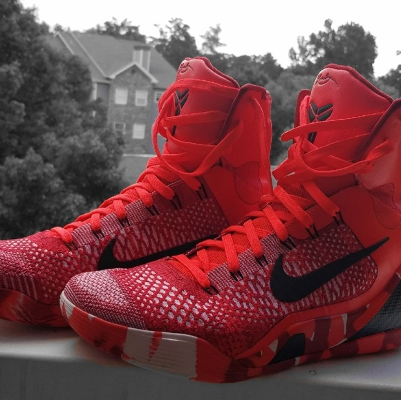 Kobe 9 Elite Christmas.Nike Kobe 9 Elite Christmas Colorway